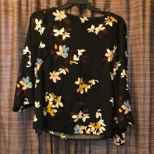 Very nice Halogen  blouse XL .